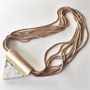 Jewelry - Gold Marble Triangle magnetic Necklace